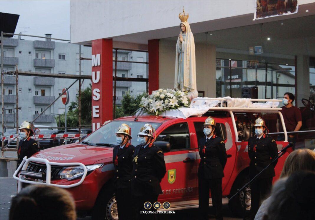 Cerimonia-dedicada-aos-bombeiros-finalizou-celebracao-de-cerimonias-do-mes-de-Maria