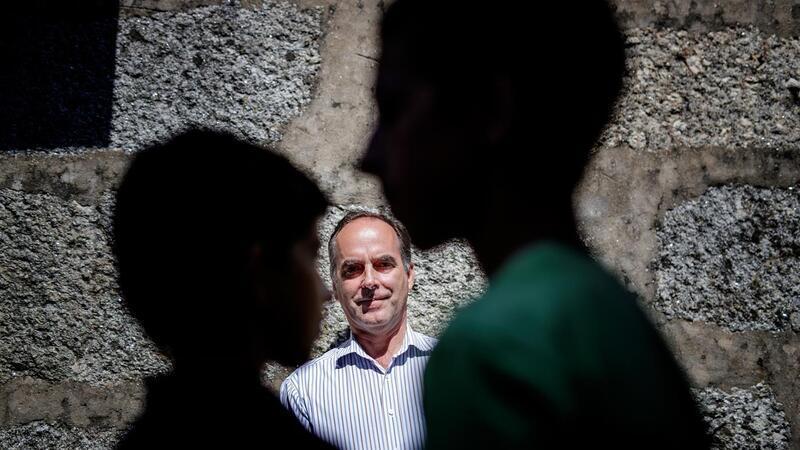 Artur-Mesquita-acusa-Ministerio-da-Educacao-de-bullying-contra-os-filhos