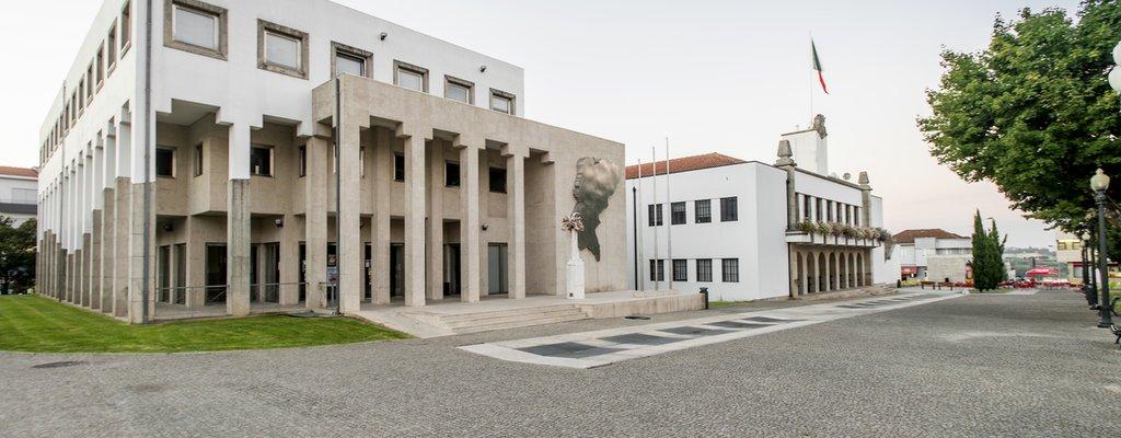 PSD-de-Paredes-avanca-ser-a-obrigacao-de-Alexandre-Almeida-de-pagar-os-testes-exigidos-a-restauracao