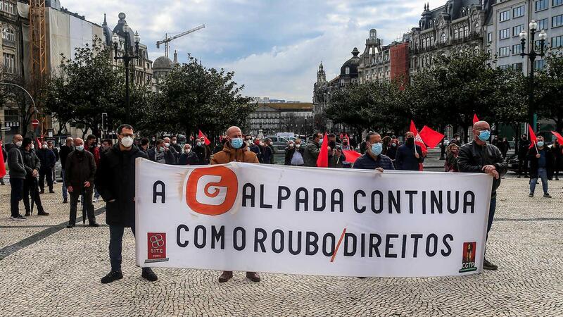Manifestacao-de-trabalhadores-da-refinaria-de-Matosinhos-contra-cinismo-de-Antonio-Costa