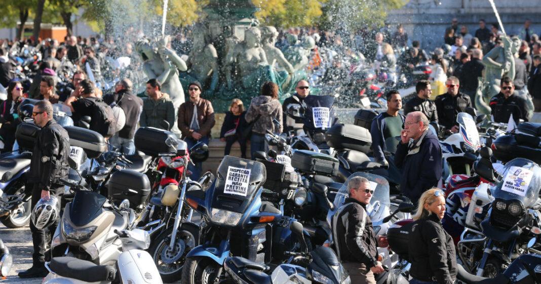 Motociclistas-agendam-manifestacao-contra-inspecoes-as-motos