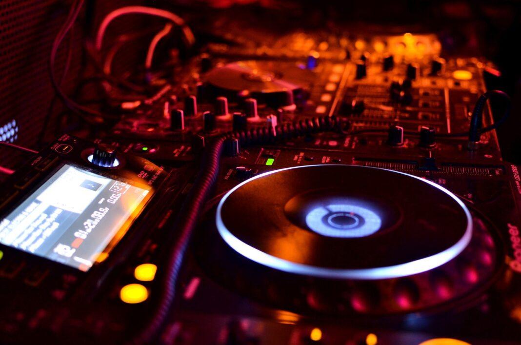 Reabertura-de-discotecas-ao-nivel-nacional-durante-a-madrugada